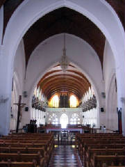 santhomechurch-interior.jpg
